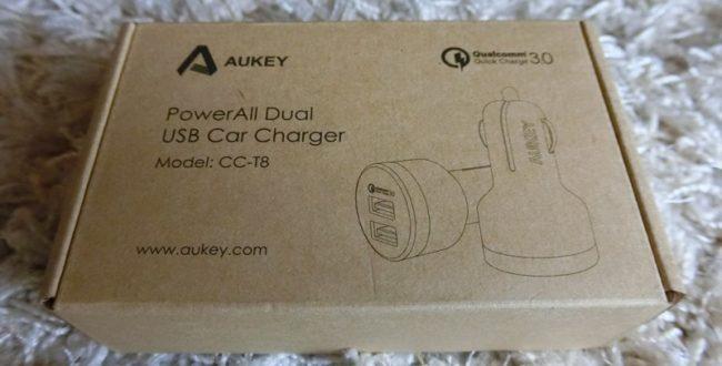 Aukey USBカーチャージャー
